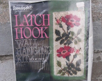 1970s rug making kit roses floral design wonder art new in box 12 by 27 inches kit number 4677 cottage shabby feminine