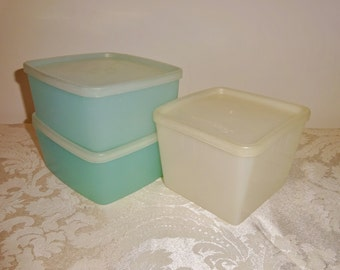 Vintage Tupperware and Republic Lot Square Container 2 Aqua Sandwich Keepers Food Storage Kitchen