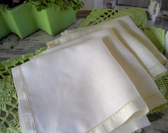 Vintage Linen Napkins Drawn work Edging Hem Palest Yellow