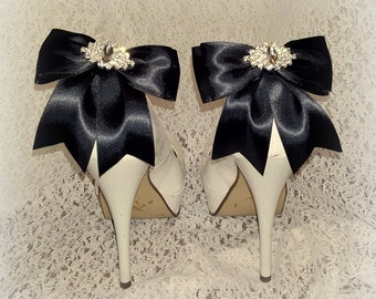 Bridal Shoe Clips, Wedding Shoe Clips, MANY COLORS, Satin Shoe Clips, Womens, Bridesmaids, Clips for Wedding Shoes, Bridal Shoes
