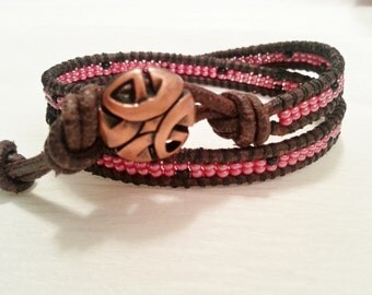 Double wrap bracelet, seed bead, brown leather, shiny pink, brown seed beads