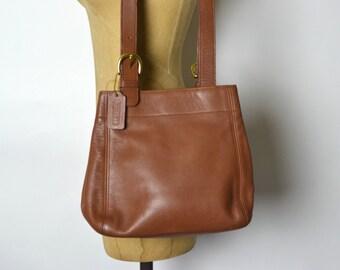 COACH Vintage British Tan Medium  Leather Shoulder Tote Bag