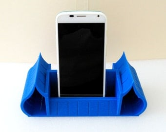 Acoustic Speaker Stand or Holder For Universal Cell Phone - Music Sound Improvement and multiplier - Water Drop Style - 3D Print - 10 Colors