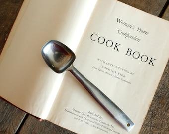 Vintage Cookbook Woman's Home Companion Cook Book 1946