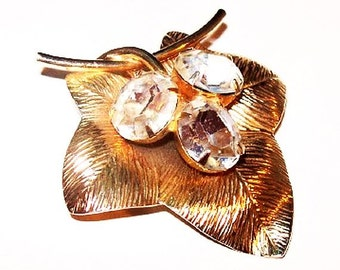 """Gold Leaf Brooch Pendant Head Light Clear Rhinestones Textured Metal 2"""" Vintage 1950s"""