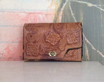 70s Tooled Leather Bag • Beat Up Leather Clutch • Distressed Leather Purse • Vintage Etched Leather Purse • Brown Leather Bag • Hippie Bag