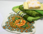 Vintage Mix 'n Match RETRO Towel Set Mod Loud Prints Bright Yellow Orange Avocado washcloth hand towels bath towels 7 pieces reversible