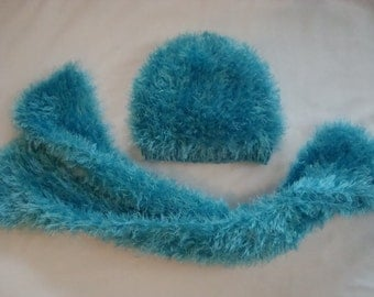 Winter Girls Hat Scarf  Set.Knit Turquoise.Toddler Child Knit  Faux Fur Hat.