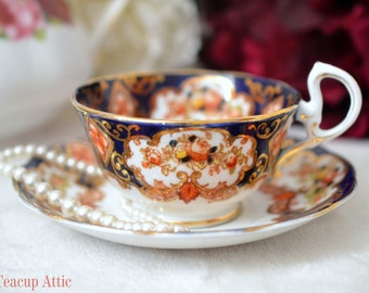 Royal Albert Crown China Heirloom Teacup And Saucer Set, Wedding Gift, Anniversary Gift, Mother's Day, c. 1927-1935