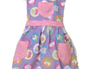 Last One Available, Cupcake Apron, Children's Apron, Toddler Apron, Girls Apron, Baking Apron, Cooking Apron, Kids Apron, Little Girls Apron