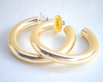Vintage Goldtone Metal Hoop Earrings Fashion Gold Costume Jewelry Tube Style Medium Size Pierced