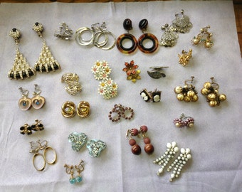 Vintage Lot of Assorted Earrings 23 Pairs