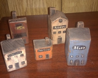 5pc Tiny Rustic Wood Town village bldgs