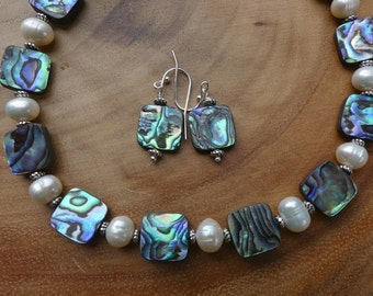 25 Inch Abalone Shell and Freshwater Pearl Necklace with Earrings