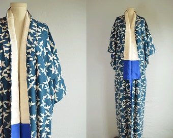 Vintage Silk Kimono / Hand Stitched Floral Print Geisha Kimono Robe /  Made in Japan