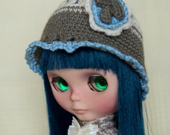 three colors crocheted wool hat with flower for Blythe