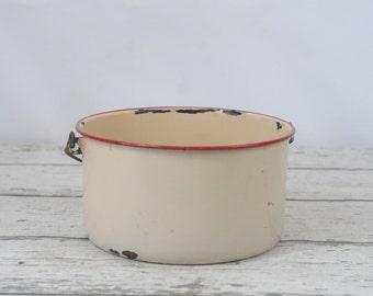 Vintage Enamelware Graniteware Red and Beige Pot Swing Handle