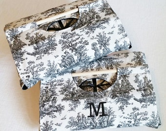 Toile Covered Dish Tote 9x13 - Black and White Toile, Optional Monogram Embroidery, FREE Shipping Made in USA