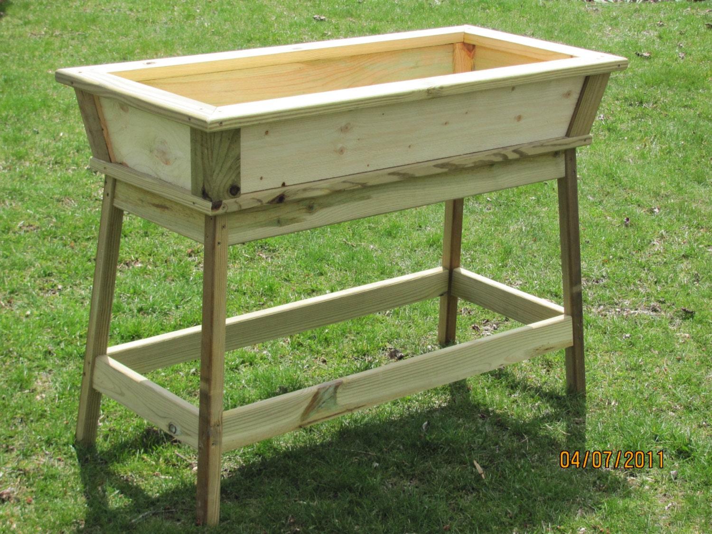 outdoor planter planter box wooden planter cedar planter. Black Bedroom Furniture Sets. Home Design Ideas