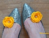Yellow Shoe Clips, Bridesmaids Corsage, Yellow Gray Groomsmen Button Holes, Yellow Hair Clips, Yellow Bridal Shoe Clips, Handmade Flowers