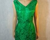 50s/60s Vintage Emerald Green Satin Shift/Wiggle Dress.