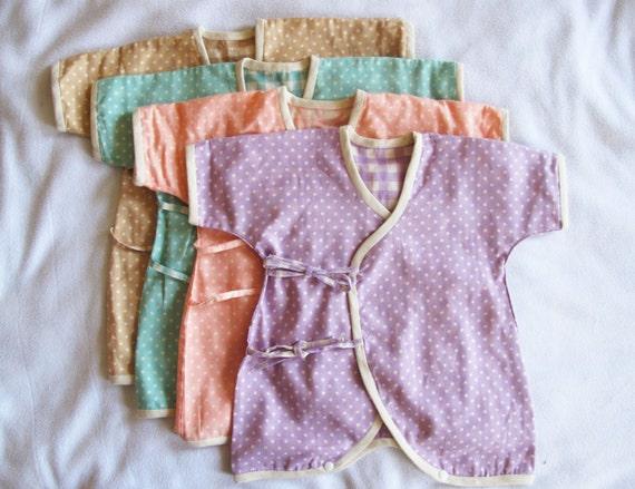 Baby Kimono / Onesie, Japanese double gauze fabric / polka dot (blue, pink, beige and lavender) Newborn - 3 month