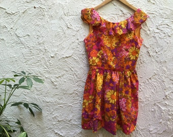 VINTAGE 1960s Young Edwardian Ruffled Floral Backless Mini Dress