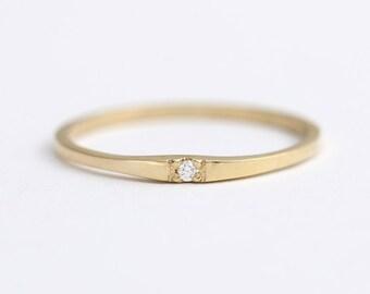 Diamond Wedding Band, Thin Gold Band, Women's Wedding Band, Dainty Wedding Band, Simple Wedding Band, Diamond Band