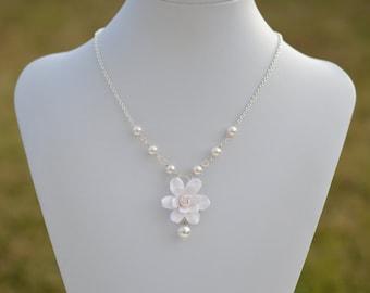 White Gardenia Necklace, White Flower Necklace, White Floral Jewelry, White Bridal Jewelry, Gardenia Necklace