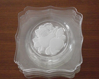 8 Vintage Scalloped Edge Dessert Plates Frosted Glass Fruit Design in the Center
