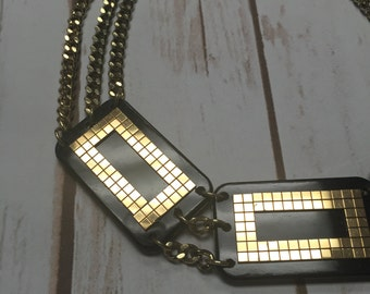 Amazing!! Vintage 1980's Chain, Lucite, and Gold-tone Statement Necklace <3