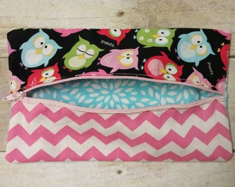 Owls and Pink Chevron Diaper Wipes Case, Zipper Wipes Case, Soft Wipes Case, Diaper Bag Accessory, Wipes Holder, Make-up Bag Ready to Ship