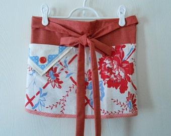 vintage tablecloth fabric vendor half apron