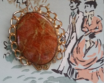 Unique Vintage Stone Cameo Brooch Pin Gold Tone