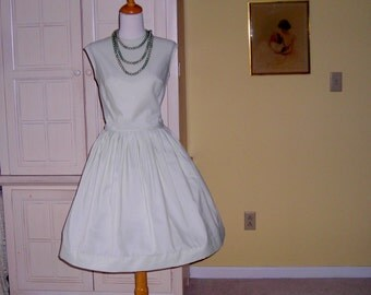 60's  mint green dress, sundress. whipped cream.  wash and wear, popit beads,  Fritzi of California