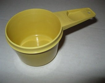 Vintage Tupperware 2/3 cup yellow measuring cup replacement