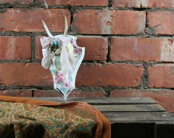 Shabby Chic Roe Stag Skull French Country Decoupage Taxidermy Alternative Art Pink