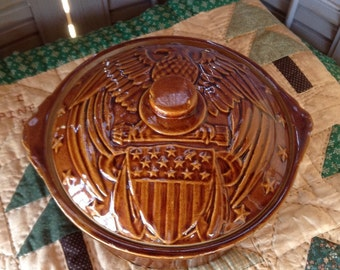 USA Pottery Casserole Baking Dish Heavy Vintage Kitchenalia Patriotic American Eagle with Shield Stars Stripes Brown Glazed Cooking Serving