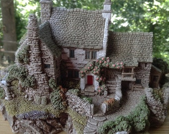 Lilliput Lane Miniature Farm House Animals Collectible English Collection North 1992 Handmade in UK High Ghyll Farm