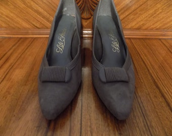 Sale! Vintage Grey Gray Life Stride Suede Leather Shoes Heels Size 9 AA