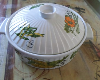 Round Covered Ceramic Casserole, Styson Inc. Japan, Oven to Table, Mid Century Cookware, Ceramic Bakeware