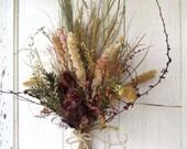 Flower Bouquet Dried Arrangement  Thistle Silver Carpet Trumpet Vine White Pine Mountain Mint No. 94