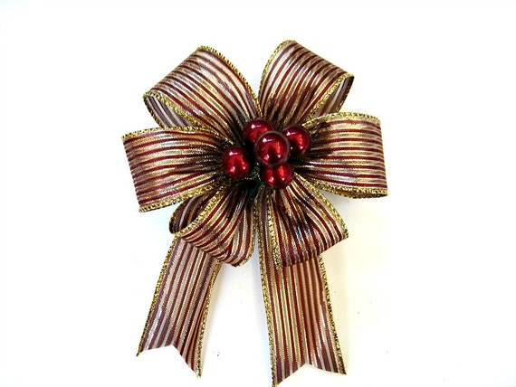 Burgundy Christmas berry gift bow, Gift bow for baskets and bags, Burgundy & gold gift bow, Small bow for Christmas trees, Home decor (C472)