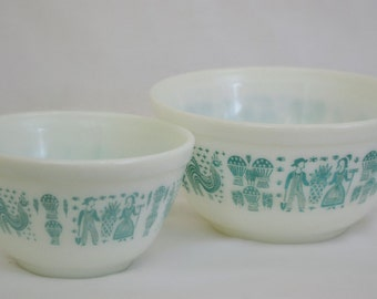 Pyrex Butterprint Mixing Bowls - 2 Pyrex Bowls 401 and 402 - White with Turquoise Aqua Pattern - Amish Farmer Rooster Hen