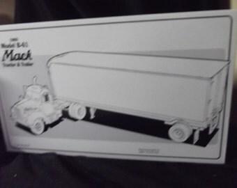 Mack tractor & trailer diecast