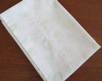 "Vintage Pillowcase - Pale Green Botanical - 29"" x 21"""