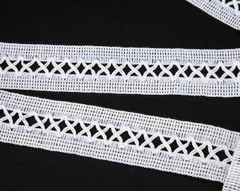"""5 5/8 Yards of 1 1/4"""" Vintage White Cotton Lace Trim in a Beautiful White Satin Tone. Lattice Design. Sewing, Applique, Crafts. Item 3894T"""