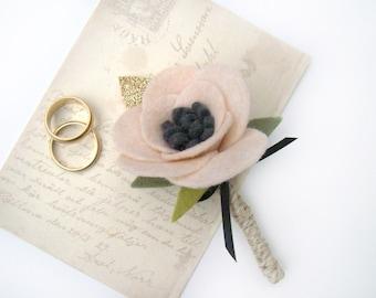 Mens Wedding Boutonniere, Grooms Boutonniere, Rustic Boutonniere, Blush Wedding, Pink Anemone, Felt Flower, Lapel Pin, Groomsmen Flower