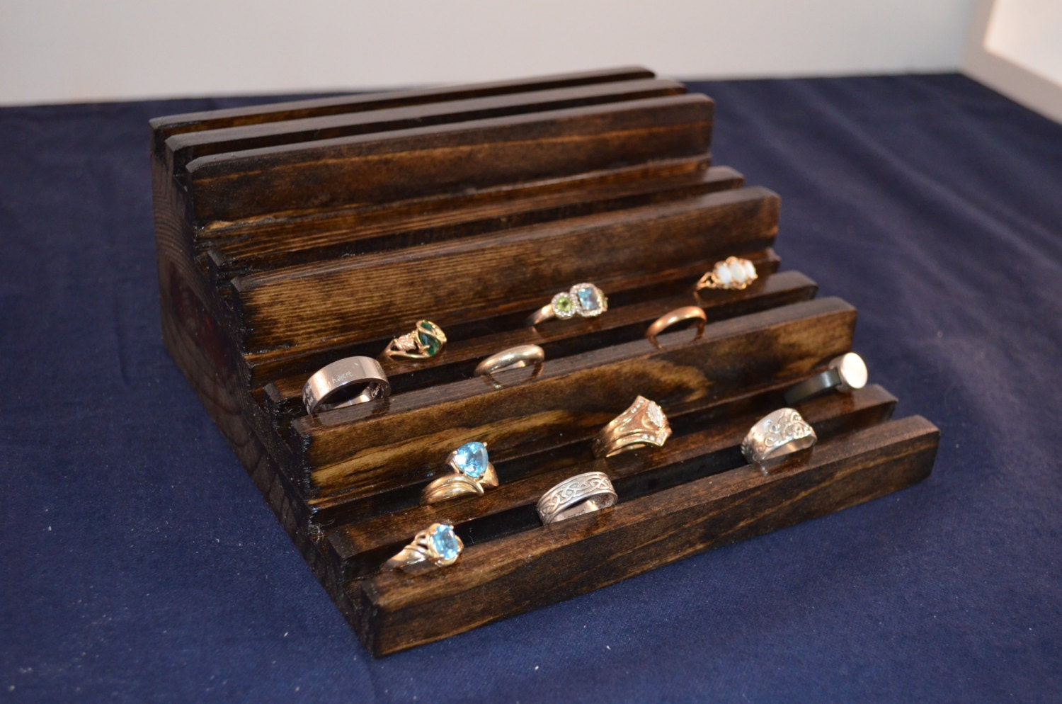 tiered jewelry store ring display ring holder