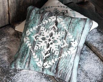 Throw pillow - Cushion cover - Square Cushion Cover - Pillow Cover - Pillow case - Decorative pillow - Snowflake pattern
